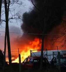 50 samochodów spłonęło w Dobrym Mieście. Ktoś je podpalił?
